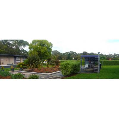 Meeniyan Motel - Free outdoor kitchen & bbq facilities in spacious grounds