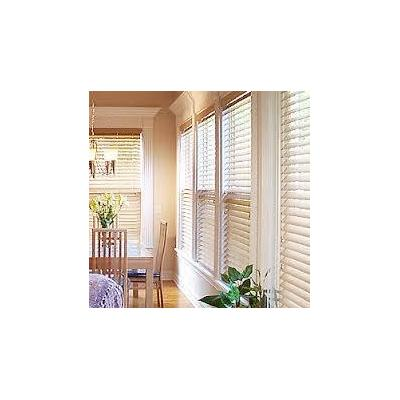 Venentians - Beautiful clean Venetian Blinds.