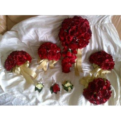 Red roses Teir posy set - Red roses tier drop and red roses posies for bridesmaids. 