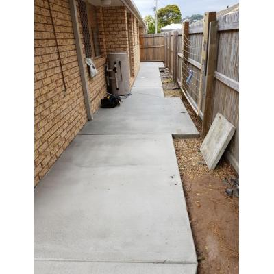 Path Burleigh Heads - Broom Finish Path