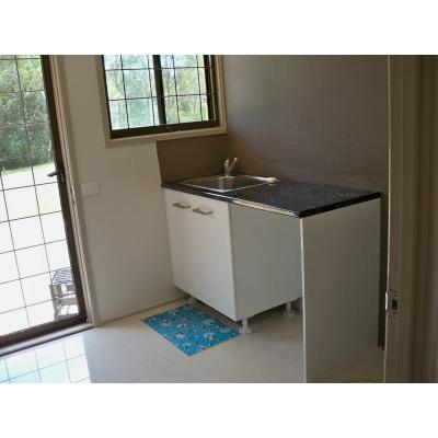 Laundry - no wall taps all under sink front loader under bench