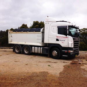 Tipper Hire Oberon, Quarry Transport Blackheath, Excavators Blue Mountains