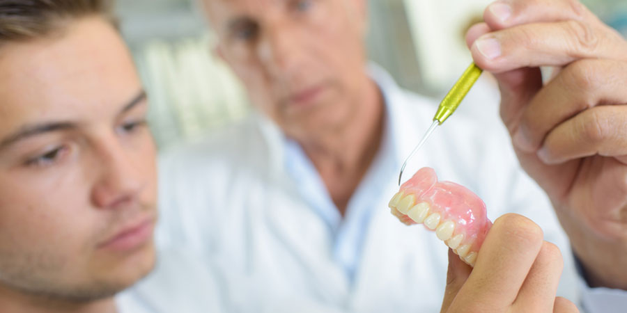 Dental Prosthetist Beecroft, Dental Clinic Strathfield, Dental Relines North Shore
