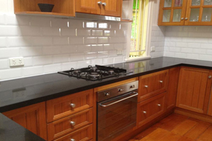 Laundry Tiling Western Sydney, Retiling Campbelltown, Kitchen Tiling Penrith